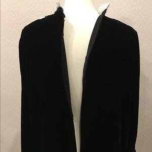 Zara Dresses - NWT ZARA CONTRAST VELVET MINI DRESS XS $69.90